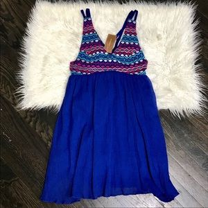 Francesca's Collection Blue Dress Embroidered Top